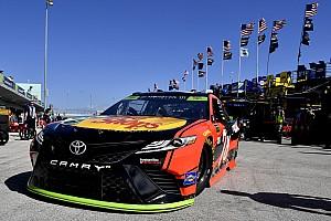 NASCAR Sprint Cup Crónica de entrenamientos Martin Truex Jr. se lleva la práctica final en Homestead