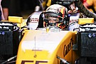 Forma-1 Sainz nagyon erősen kezdett a Renault-val: rögtön legyőzte Hülkenberget
