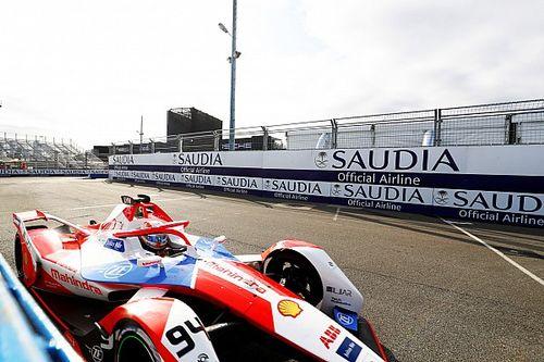 Óriási káosz a Formula E londoni futamán, Lucas di Grassit kizárták az élről, Lynn nyert
