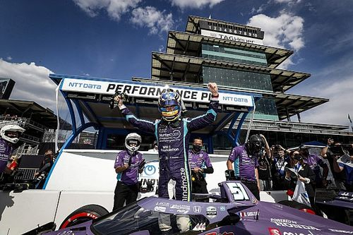 Grosjean completa su renacimiento y se lleva la pole en Indianápolis