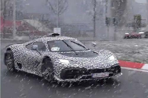 Jövőre végre elindulhat a Mercedes hipersportautójának gyártása