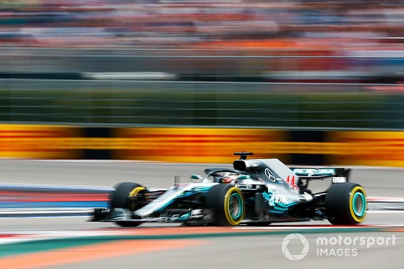 Hamilton wint en loopt uit: