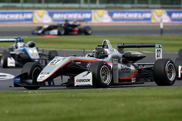 فورمولا 3: داروفالا ينطلق أوّلًا في السباق الافتتاحيّ في مونزا
