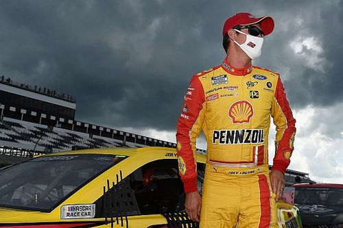 Pole position dla Logano
