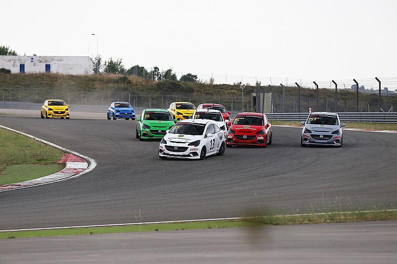 Opel OPC Cup'ta sezon İstanbul Park'ta başladı