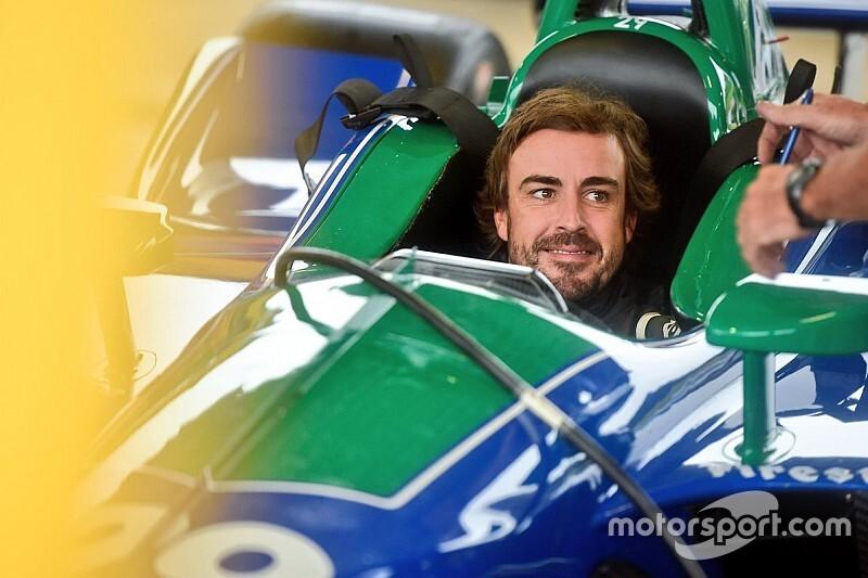 Переход Алонсо в IndyCar оказался под вопросом. Что ему мешает и какие есть варианты?