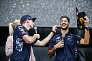 LOL: Ricciardo és Verstappen
