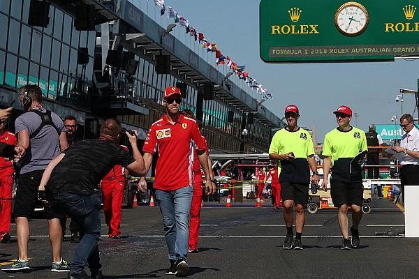Forma-1 Motorsport.com hírek Pályabejáráson az F1-es mezőny az Albert Parkban: kezdődik!