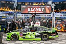 NASCAR XFINITY Ryan Blaney domina la  Xfinity Series en Texas