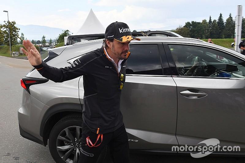 Massa: Alonso más emberré válik, amikor vezet, és szétválasztja a csapatot