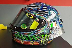MotoGP Noticias Rossi se inspira en el arte Huichol para su nuevo casco de pretemporada