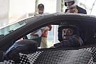 Valentino Rossi testet neuen Ferrari Sportwagen 488 Pista