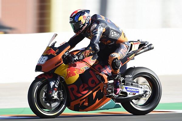 MotoGP Новость В KTM объяснили, почему решили не разрывать контракт со Смитом
