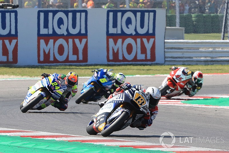 Команда Moto2 уволила гонщика Фенати после скандала в Мизано