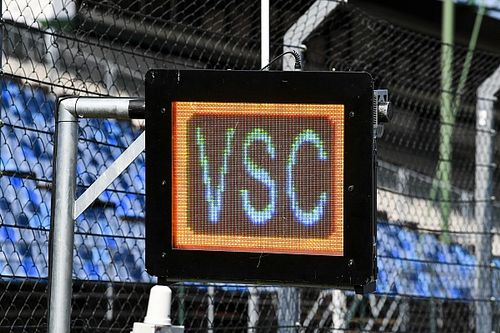 Les panneaux lumineux obligatoires et permanents en F1 et MotoGP