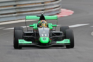 Formule Renault Kwalificatieverslag Fenestraz en Palmer verdelen poles in Monaco, goede kwalificatie Verschoor