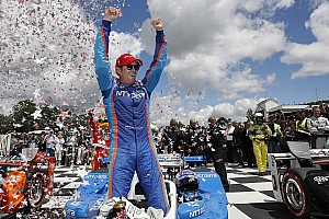 "IndyCar Breaking news Dixon is ""one of the best of all time,"" says Ganassi's Mike Hull"