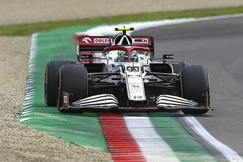 F1: Giovinazzi tradito da un tear-off finito nei freni posteriori