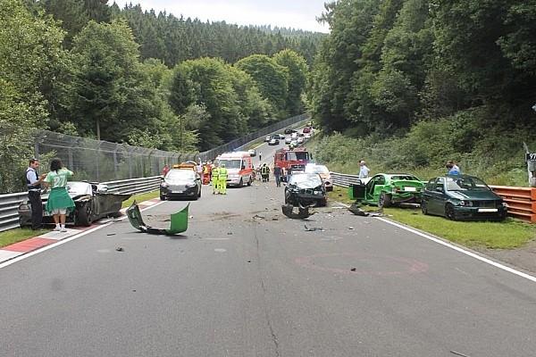 ALLGEMEINES News Schwerer Unfall auf der Nürburgring-Nordschleife mit 10 Verletzten