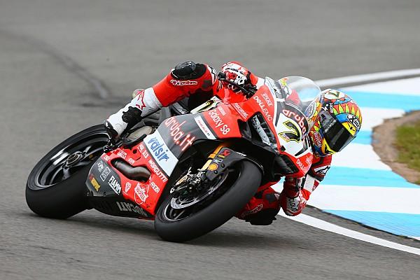"""WSBK Ducati, Davies: """"Mi cadevano tutti davanti, che faticaccia il podio"""""""