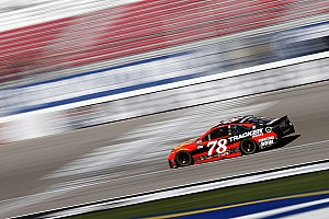 NASCAR Cup Race report Truex wins Stage 1 at Las Vegas, Harvick crashes