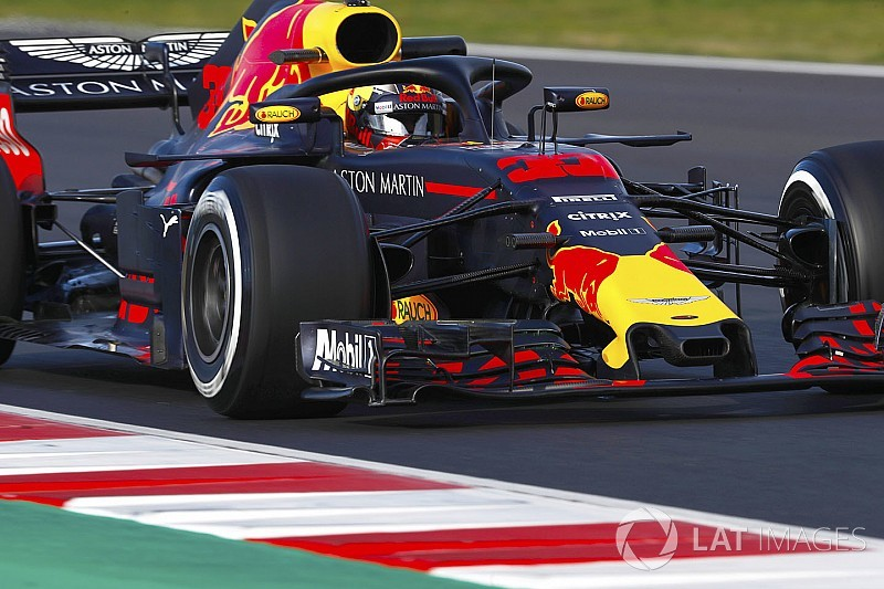 verstappen believes renault mclaren no threat to red bull. Black Bedroom Furniture Sets. Home Design Ideas