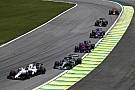 Masih ada kesalahan desain pada mobil F1 saat ini - Hamilton