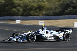 Chilton gets second IndyCar season with Carlin