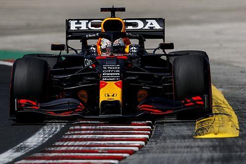 Red Bull не увидела проблемы в отставании от Mercedes