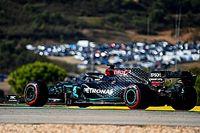 Hamilton le birla la pole a Bottas en una extraña clasificación en Portimao