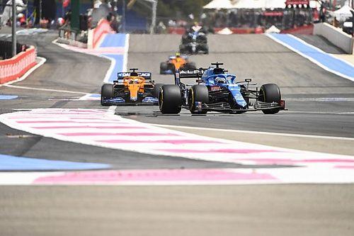 """Lovende woorden voor Alonso: """"Hij is terug, dat is duidelijk"""""""