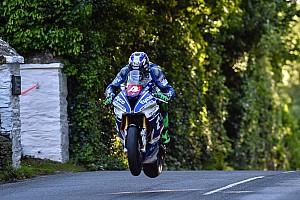 Straßenrennen Rennbericht Isle of Man TT 2017: Ian Hutchinson gewinnt Superstock-Rennen, Kneen für Penz auf Podest