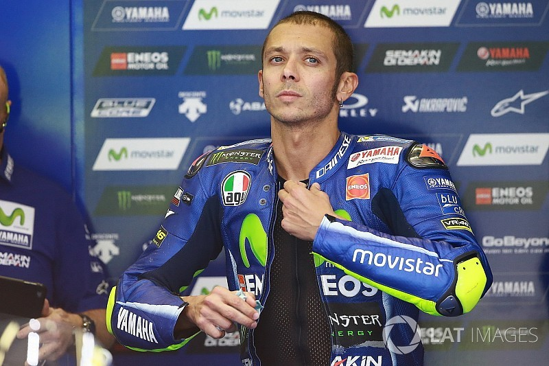 "Rossi: Thinking about title ""not smart"" amid Yamaha woes"