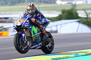 MotoGP Qualifiche Prima fila tutta Yamaha a Le Mans con Vinales in pole position