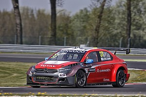 WTCC Race report Slovakia WTCC: Lopez snatches win in last-lap mayhem