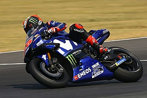Vinales reveals issue with 2018 Yamaha bike