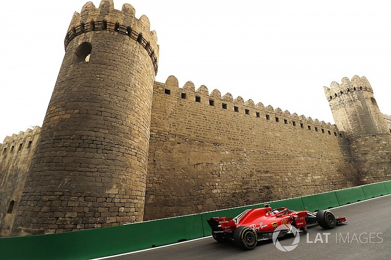 Raikkonen lucky to finish after hitting wall