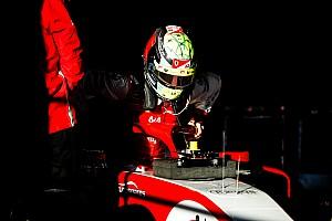 Mick Schumacher, Bahreyn testinde Alfa Romeo ile piste çıkmaya hazırlanıyor