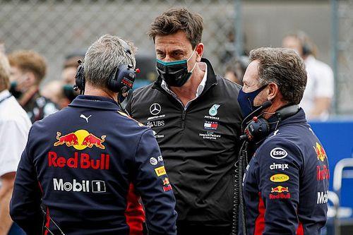 """Red Bull ne connaîtra pas le succès avec """"15 types et un bâtiment vide"""""""