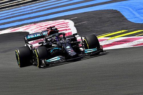 Hamilton, feliz de demostrar que los dos Mercedes son iguales