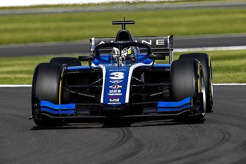 F2 Silverstone: Ana yarışı Zhou kazandı