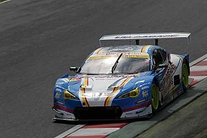 スーパーGT 速報ニュース 【スーパーGT】鈴鹿86周経過時点(GT300):18号車UPGARAGE首位