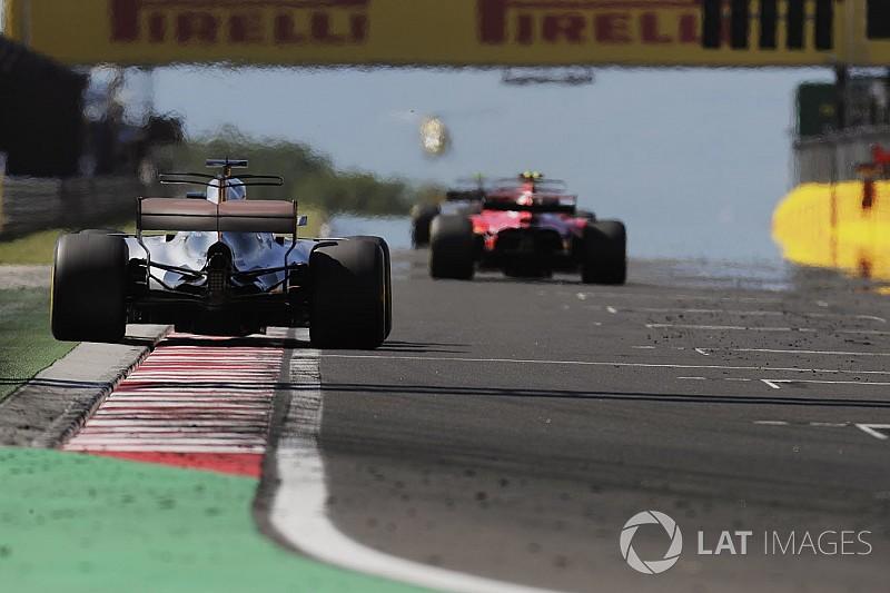 """Хемілтон: Ferrari """"здала"""" менше очок, ніж Mercedes"""