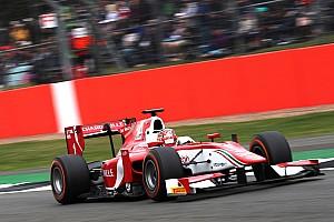 FIA F2 Новость «Кажется, у тебя машина горит». Как Леклер едва не упустил победу