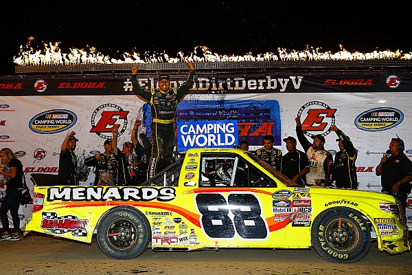 NASCAR Truck Matt Crafton surprises with first Eldora Truck win