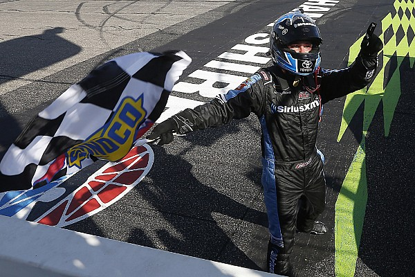 Bell takes Loudon Truck win after late-race battle with Ryan Truex