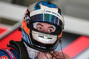Формула V8 3.5 Новость Оруджева лишили второго места по итогам первой гонки в Сильверстоуне