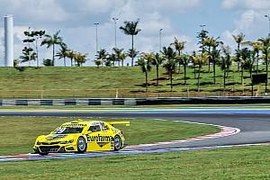 Stock Car Brasil Relato de classificação Serra confirma domínio e marca primeira pole do ano