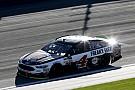 Monster Energy NASCAR Cup Teksas zaferi geç gelen geçişle Harvick'in oldu