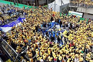 Stock Car Brasil Últimas notícias Domínio em equipe e consagração; as imagens do domingo